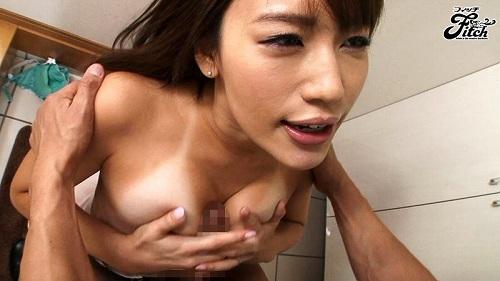 本田莉子巨乳おっぱい画像2b16