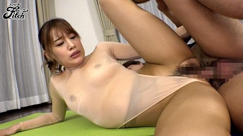 本田莉子巨乳おっぱい画像2b25