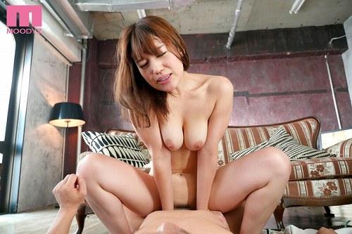 本田莉子巨乳おっぱい画像2b27
