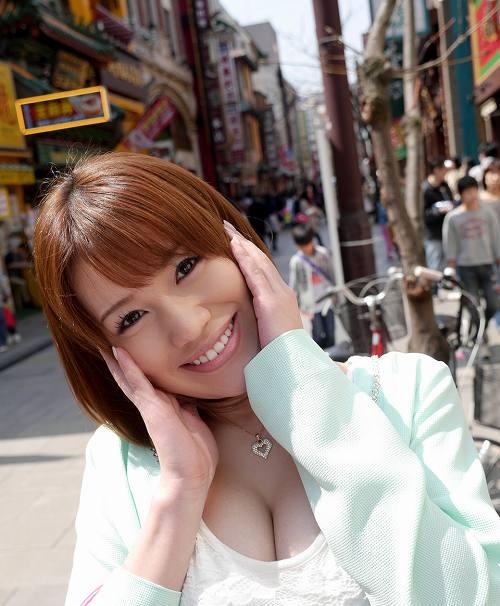 本田莉子巨乳おっぱい画像b02