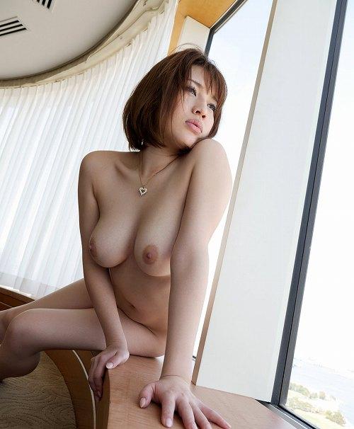 本田莉子巨乳おっぱい画像b13