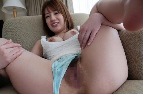 本田莉子巨乳おっぱい画像b19
