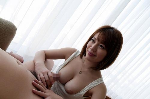 本田莉子巨乳おっぱい画像b23