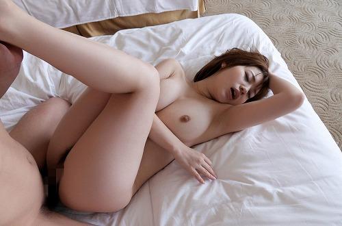 本田莉子巨乳おっぱい画像b34