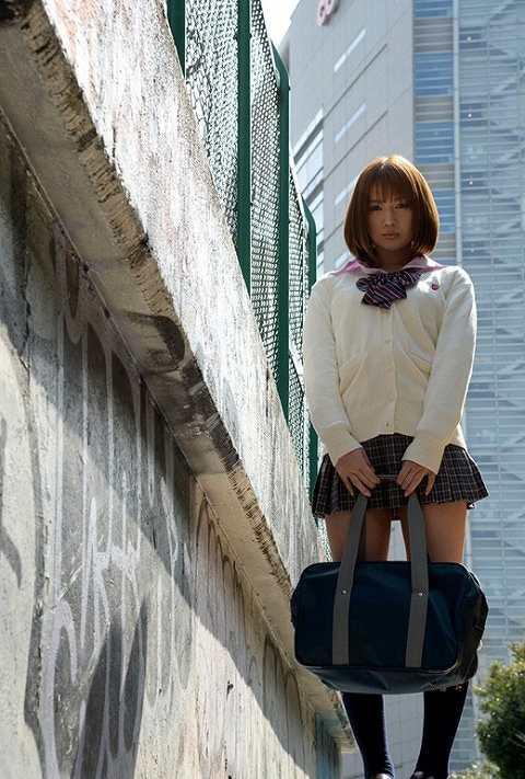 本田莉子巨乳おっぱい画像b37
