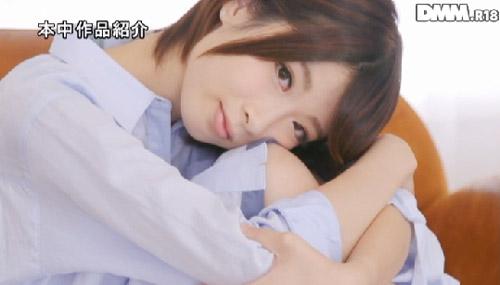板野ユイカ微乳おっぱい画像2b01