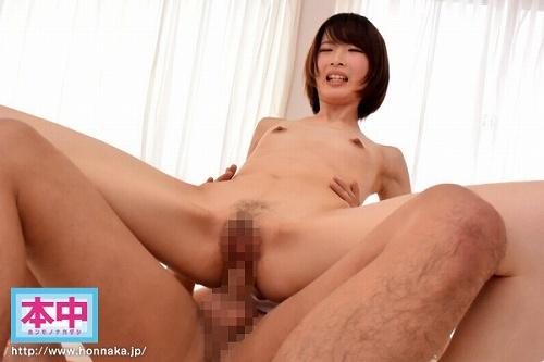 板野ユイカ微乳おっぱい画像b07