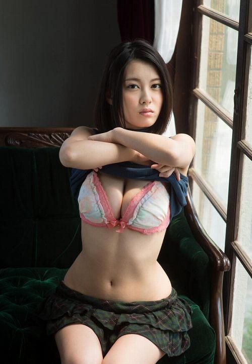 松岡ちなヌード画像c35.jpg