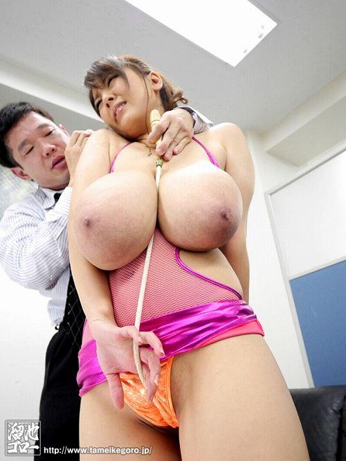 Hitomi(田中瞳)爆乳おっぱい画像2b10