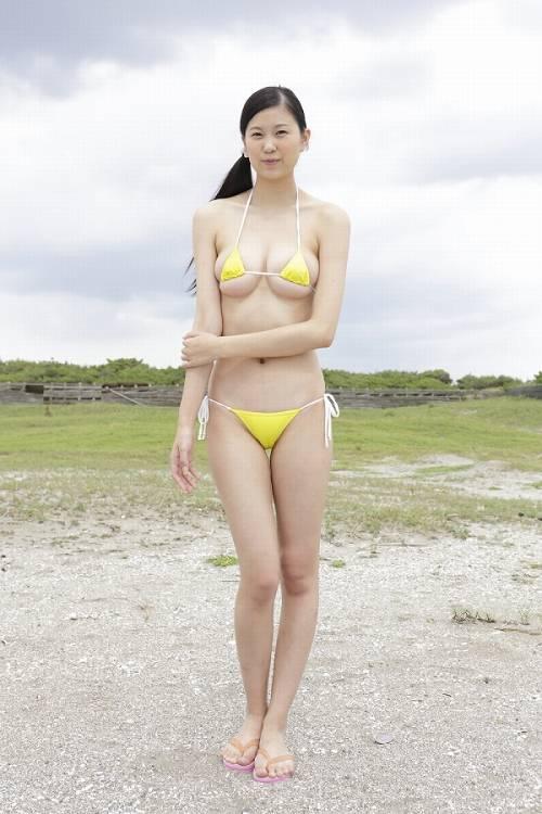 沖田美鈴水着画像c02