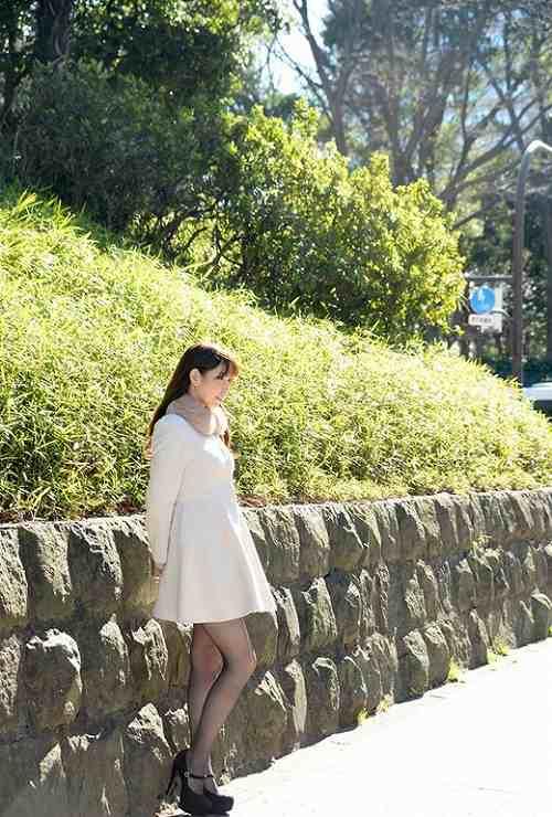 香山美桜美巨乳おっぱい画像c20