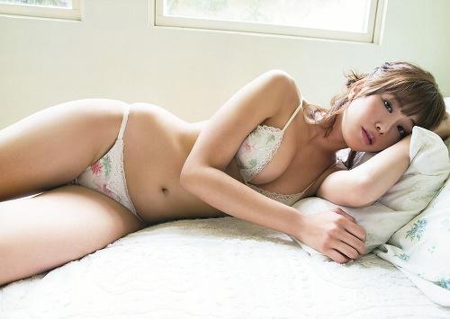 稲村亜美水着画像c09