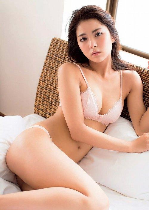 石川恋グラビア画像b41