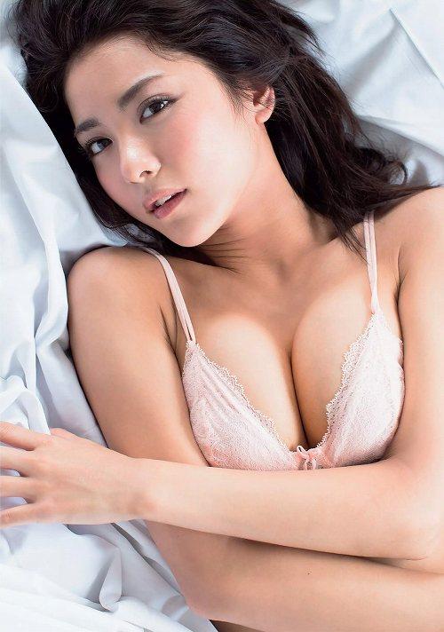 石川恋おっぱい画像b65