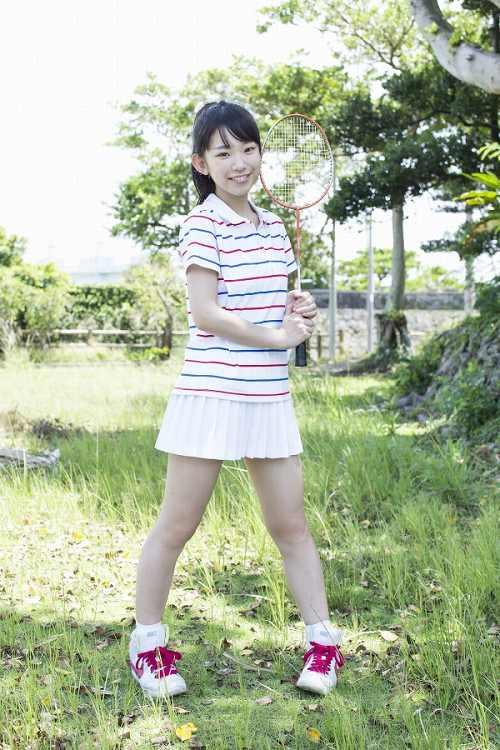 長澤茉里奈グラビア画像b17