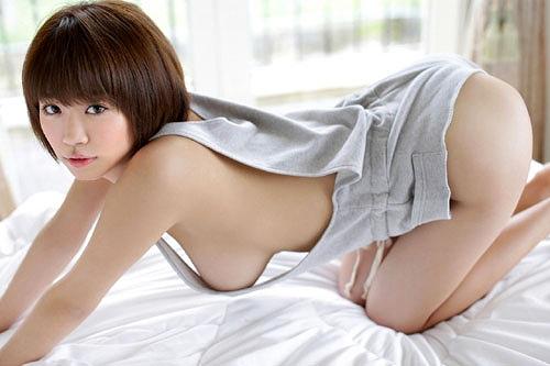 菜乃花グラビア画像b33