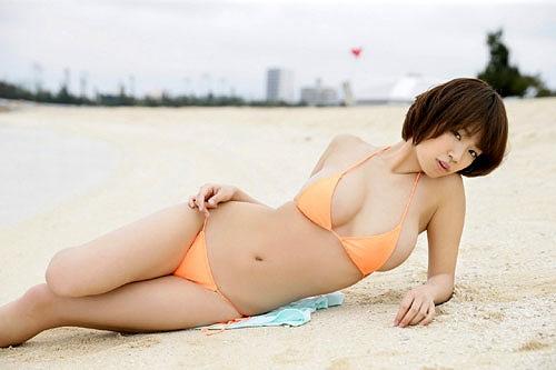 菜乃花美爆乳おっぱい画像b43