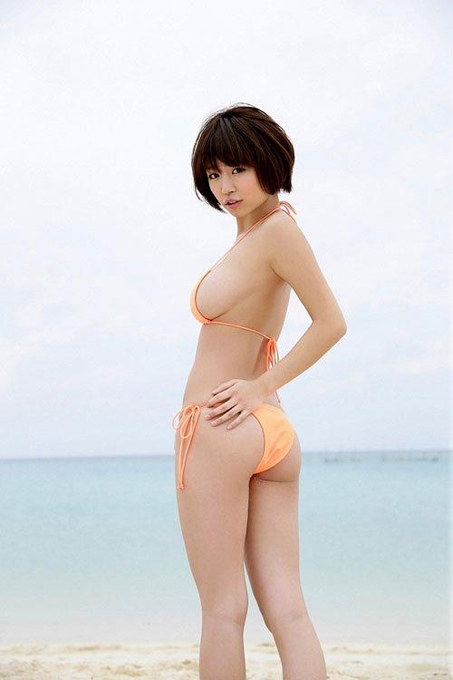 菜乃花美爆乳おっぱい画像b46