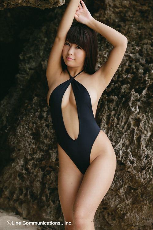 橋本梨菜グラビア画像b24