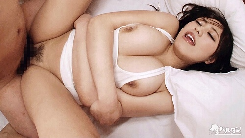白間れおな美巨乳おっぱい画像a26