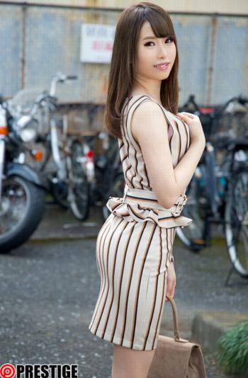 伊藤カンナ巨乳おっぱい画像a01