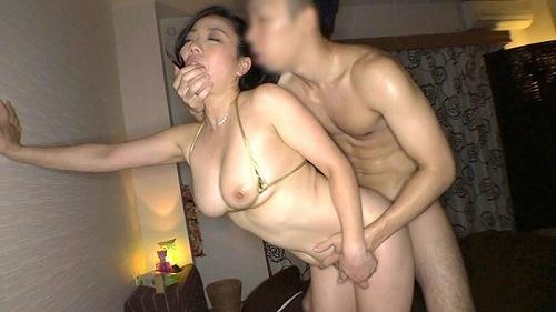 和泉紫乃美巨乳おっぱい画像a34