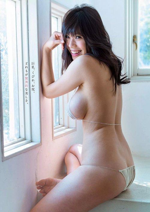 鈴木ふみ奈爆乳おっぱい画像c03