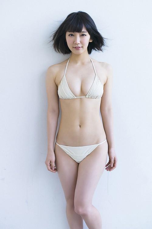 吉岡里帆巨乳おっぱい画像c25