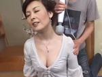 ダイスキ!人妻熟女動画 : 色気ムンムンの熟女母にマッサージを口実にセックスに持ち込むスケベ息子