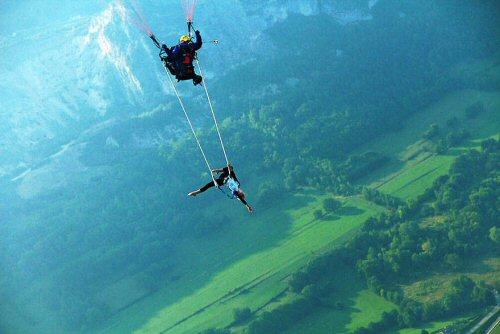 500 19 Trapeze paragliding