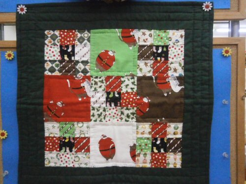 03 500 20151126 Xmas tapestry in store