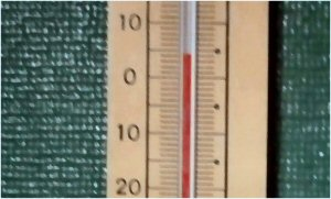 02b 300 20151207 thermometer 4度