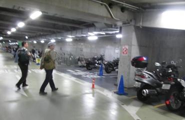 秋葉原UDX駐車場(Akihabara Urban Development X )二輪駐輪場UDX東京アニメセンター秋葉原クロスフィールド