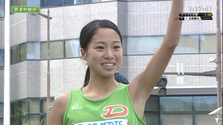 女子駅伝選手のふっくらおっぱい&ツルワキエロ目線画像(女子大学生編2015)