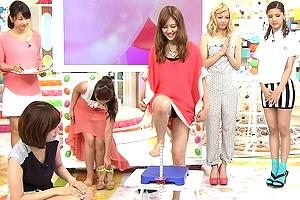【厳選エロ画像72枚】E-girls(Ami&藤井夏恋)のおっぱいムキ出しパンチラユニットで放送事故が抜けるSP【永久保存版】
