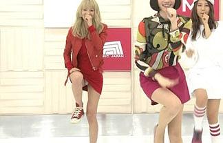 NHKでSCANDALのボーカルが純白のパンツを晒す放送事故!【キャプ画像20枚】