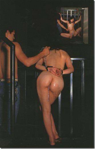 おめかしをして縛られて・・人妻緊縛画像19
