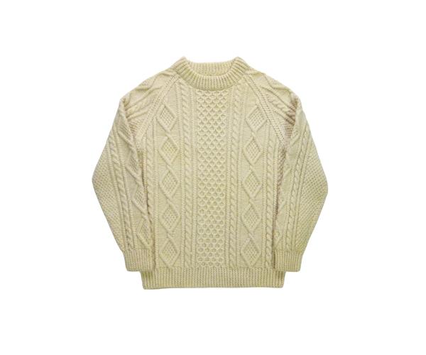 fmasweater01a01.jpg