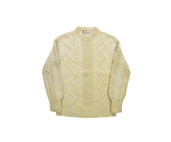 masweater02a01.jpg