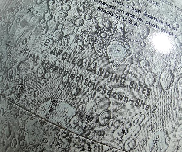 moonglobe10.jpg
