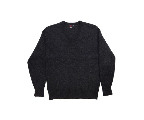 vsweaterblk01.jpg