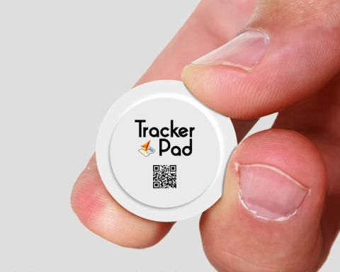 20150715trackerpad02_480x.jpg