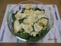 つまみ菜と卵のシーザーサラダ1