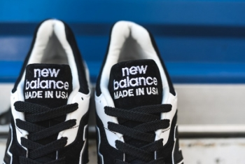 new-balance-997-black-white-6-640x427.jpg