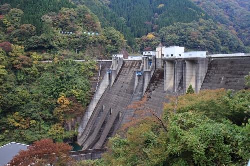 揖斐川川上り 横山ダム