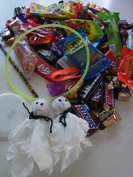 お菓子&おもちゃ