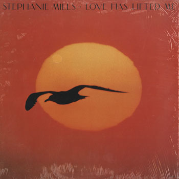 SL_STEPHANIE MILLS_LOVE HAS LIFTED ME_201511