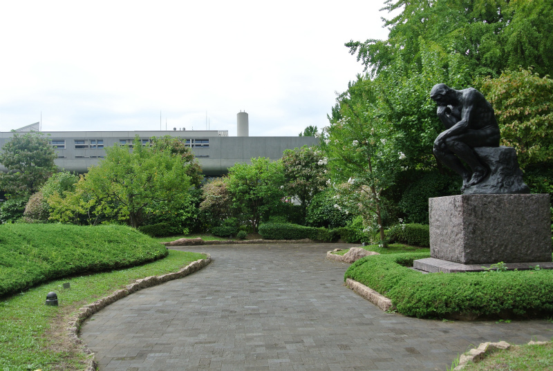 国立西洋美術館庭
