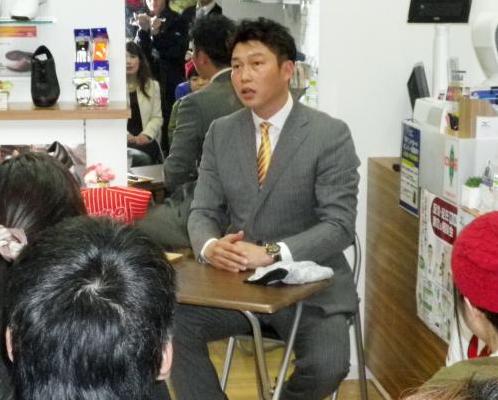 【カープ】新井、金本監督いじり「僕のことが一番好き」
