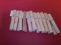 木製洗濯バサミ